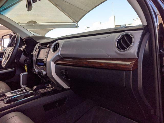 2017 Toyota Tundra Crew Cab 4x4, Pickup #HX589855 - photo 19