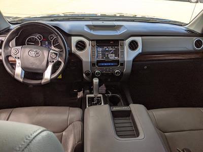 2017 Toyota Tundra Crew Cab 4x4, Pickup #HX589855 - photo 15