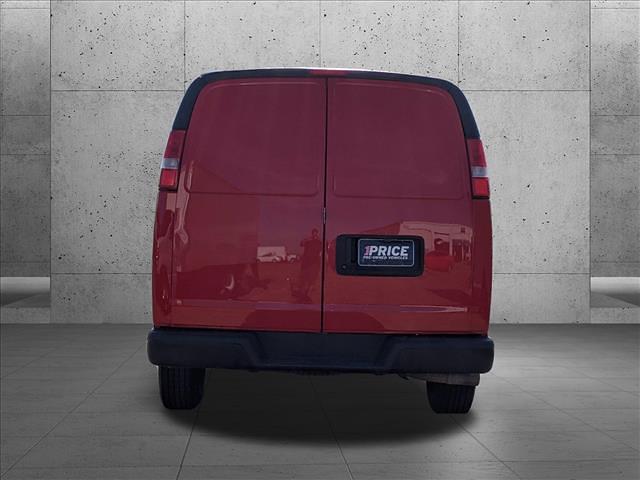 2018 Chevrolet Express 2500 4x2, Empty Cargo Van #J1342152 - photo 8