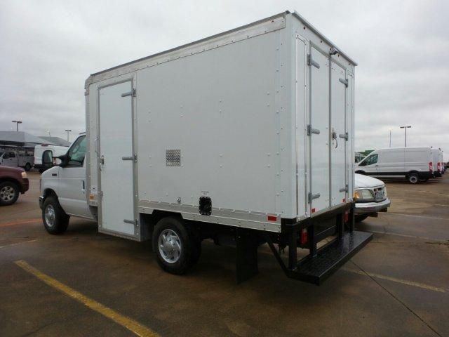 2018 E-350 4x2,  Smyrna Truck Cutaway Van #JDC06986 - photo 1