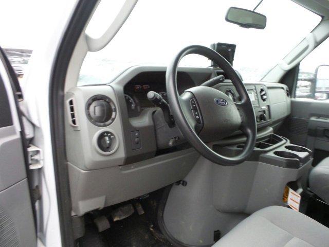 2018 E-350 4x2,  Smyrna Truck Cutaway Van #JDC06986 - photo 8