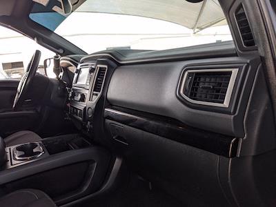 2018 Titan Crew Cab 4x4,  Pickup #JN533847 - photo 18