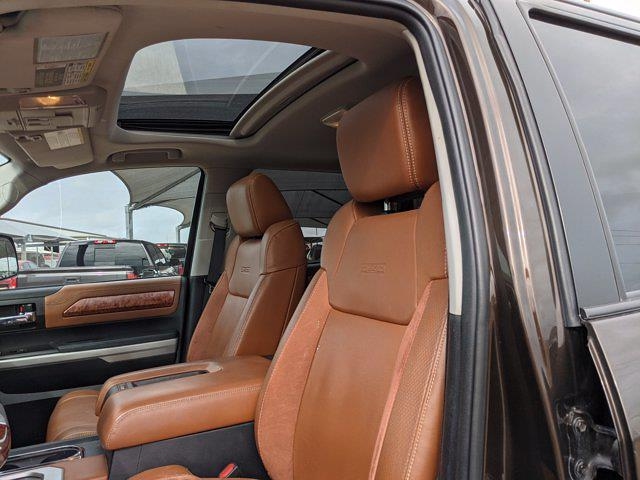 2018 Toyota Tundra Crew Cab 4x4, Pickup #JX719556 - photo 14