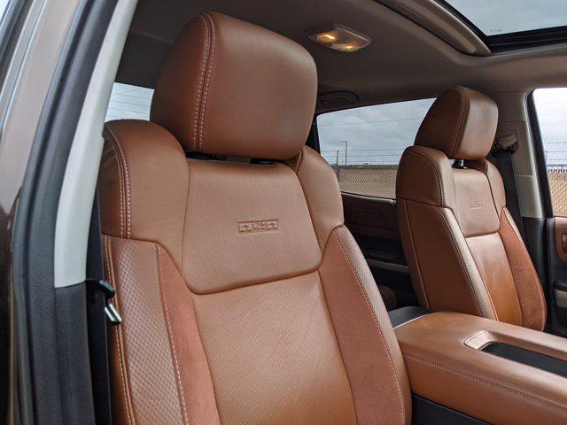 2018 Toyota Tundra Crew Cab 4x4, Pickup #JX719556 - photo 17