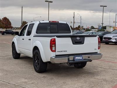 2019 Nissan Frontier Crew Cab 4x2, Pickup #KN728297 - photo 2