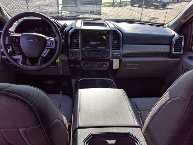 2020 F-250 Crew Cab 4x4, Pickup #LEC68907 - photo 11