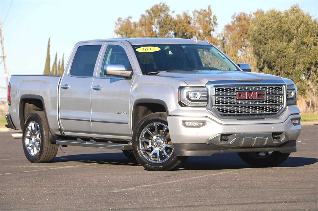 2017 GMC Sierra 1500 Crew Cab 4x4, Pickup #21U0110 - photo 1