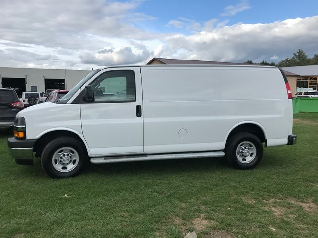 2018 Express 2500 4x2,  Empty Cargo Van #31536P - photo 4