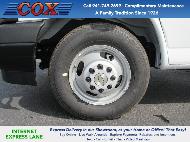 2020 Express 3500 4x2, Knapheide KCA Cutaway Van #0G120764 - photo 5