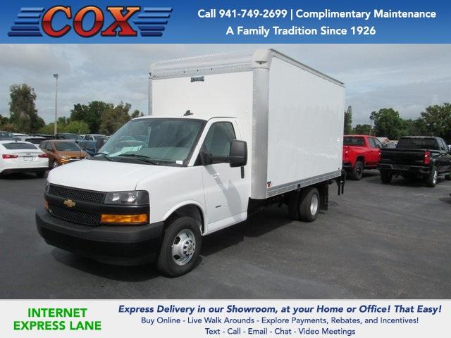 2020 Chevrolet Express 3500 4x2, Knapheide Cutaway Van #0G122634 - photo 1