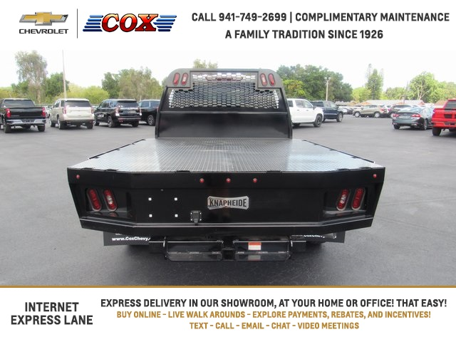 2020 Chevrolet Silverado 3500 Crew Cab DRW 4x4, Platform Body #0T289747 - photo 1