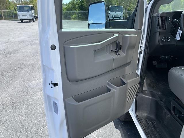 2021 Chevrolet Express 3500 DRW 4x2, J&B Truck Body Cutaway Van #1G008901 - photo 8