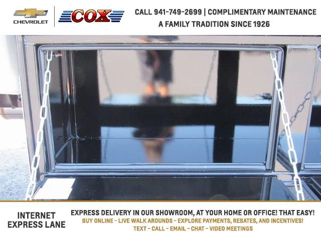 2019 Silverado 5500 Crew Cab DRW 4x4, Knapheide Concrete Concrete Body #9T160291 - photo 13