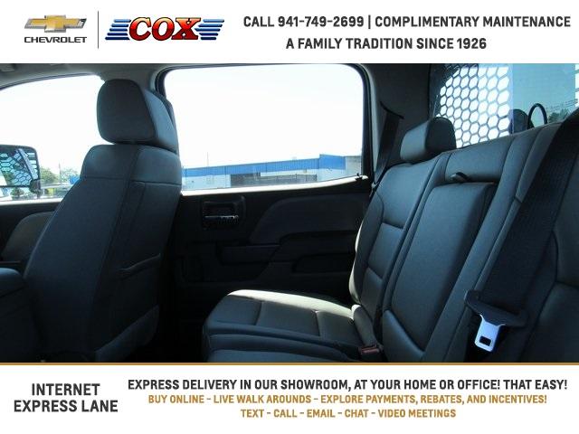 2019 Silverado 5500 Crew Cab DRW 4x4, Knapheide Concrete Concrete Body #9T160291 - photo 9
