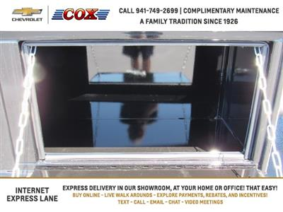 2019 Silverado 5500 Crew Cab DRW 4x4, Knapheide Concrete Concrete Body #9T160291 - photo 20