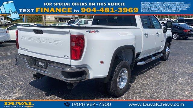 2020 Chevrolet Silverado 3500 Crew Cab 4x4, Pickup #LF331899 - photo 2