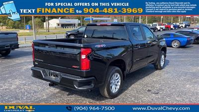 2021 Chevrolet Silverado 1500 Crew Cab 4x4, Pickup #MZ165868 - photo 2