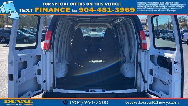 2020 Chevrolet Express 2500 4x2, Empty Cargo Van #PL1148628 - photo 2