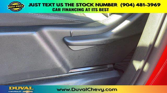2020 Chevrolet Silverado 1500 Crew Cab 4x2, Pickup #PLG155245 - photo 12