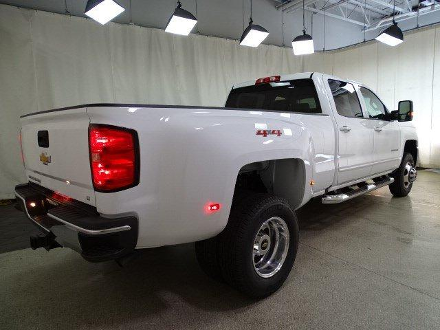 2019 Silverado 3500 Crew Cab 4x4,  Pickup #B25883 - photo 1