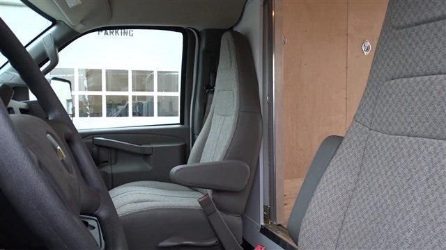 2018 Express 3500 4x2,  Bay Bridge Classic Cutaway Van #B25888 - photo 27