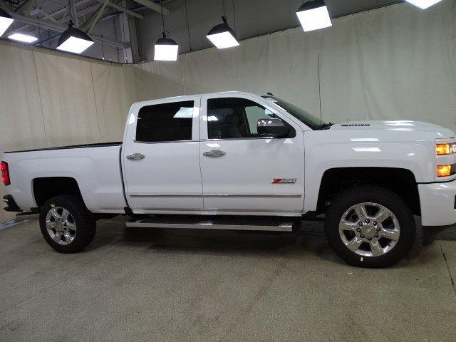 2019 Silverado 2500 Crew Cab 4x4,  Pickup #B25973 - photo 3