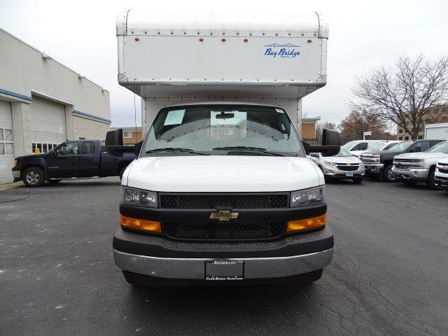 2018 Express 3500 4x2,  Bay Bridge Classic Cutaway Van #B26004 - photo 4