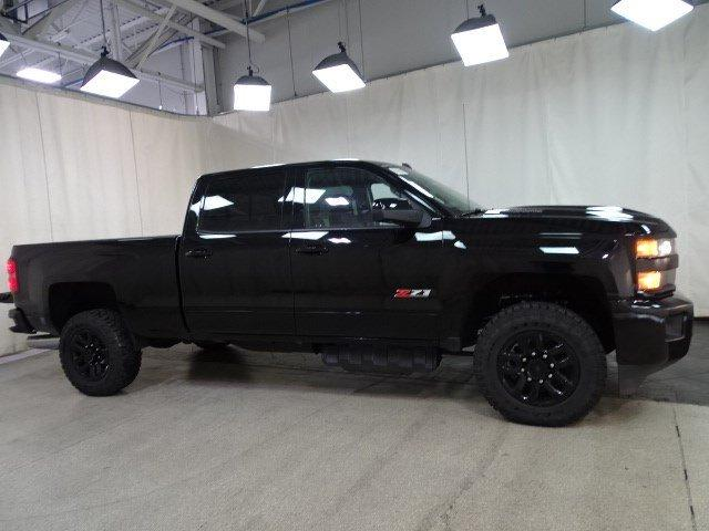 2019 Silverado 2500 Crew Cab 4x4,  Pickup #B26016 - photo 3