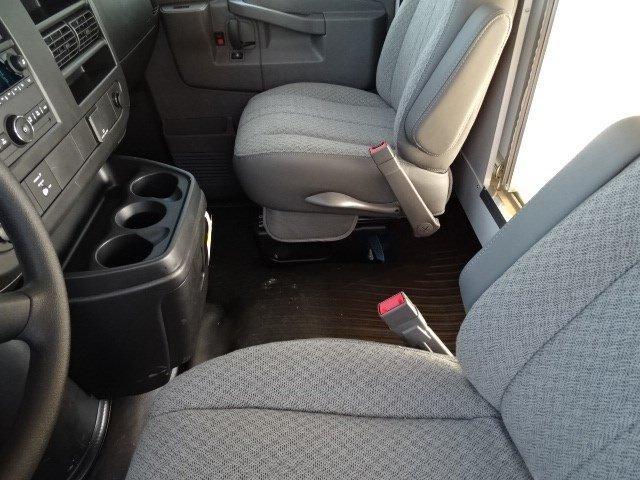 2019 Express 4500 4x2,  Bay Bridge Classic Cutaway Van #B26056 - photo 13