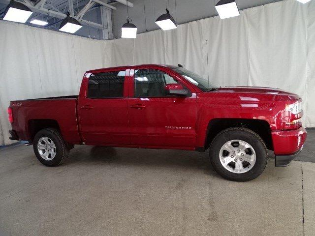 2018 Silverado 1500 Crew Cab 4x4, Pickup #B26108 - photo 3