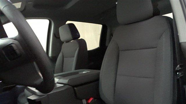 2019 Silverado 1500 Crew Cab 4x4,  Pickup #B26390 - photo 23