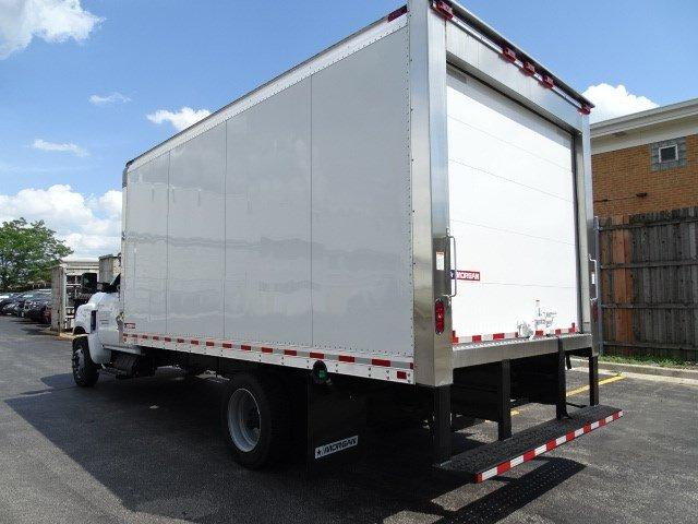 2019 Silverado Medium Duty Regular Cab DRW 4x2,  Morgan Cold Star Refrigerated Body #B26652 - photo 4