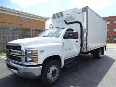 2019 Silverado Medium Duty Regular Cab DRW 4x2,  Morgan Cold Star Refrigerated Body #B26652 - photo 5