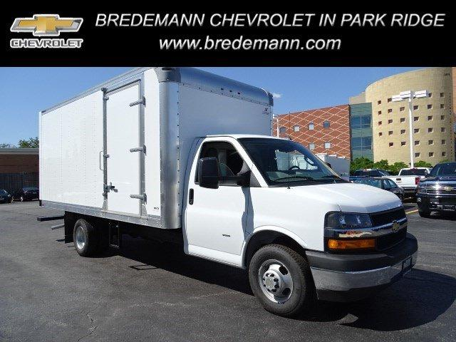 2019 Chevrolet Express 3500 RWD, Supreme Cutaway Van #B26655 - photo 1