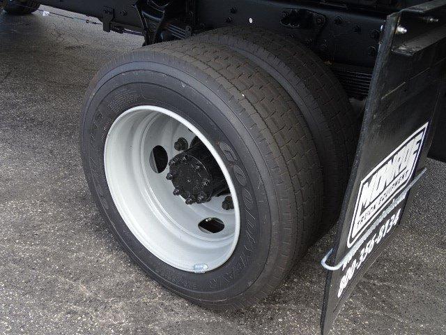 2019 Silverado Medium Duty Regular Cab DRW 4x4,  Monroe MTE-Zee Dump Body #B26837 - photo 19