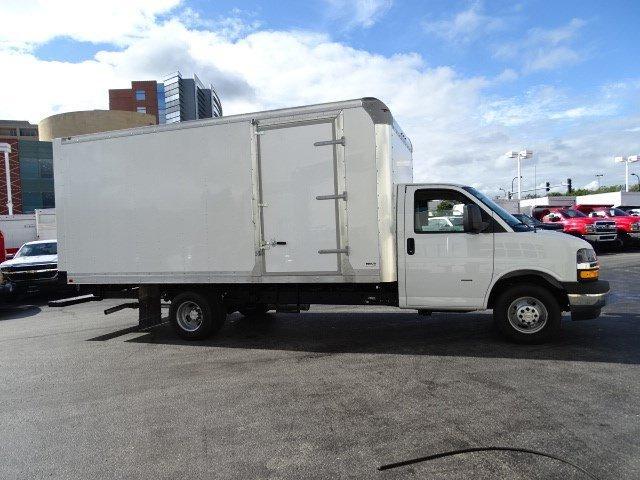 2019 Express 3500 4x2,  Supreme Iner-City Cutaway Van #B26863 - photo 3