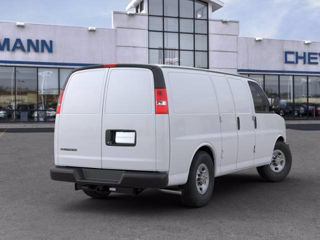 2020 Chevrolet Express 2500 RWD, Empty Cargo Van #B27535 - photo 4