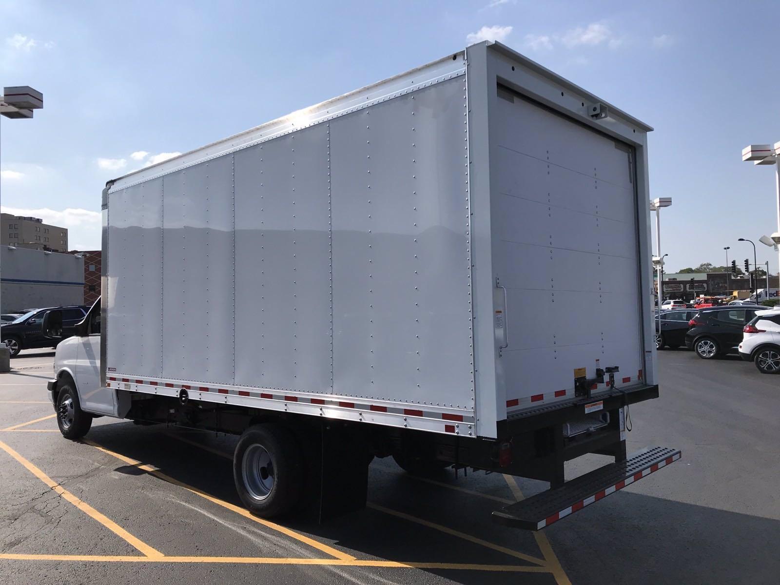 2020 Chevrolet Express 3500 RWD, Morgan Cutaway Van #B27640 - photo 4
