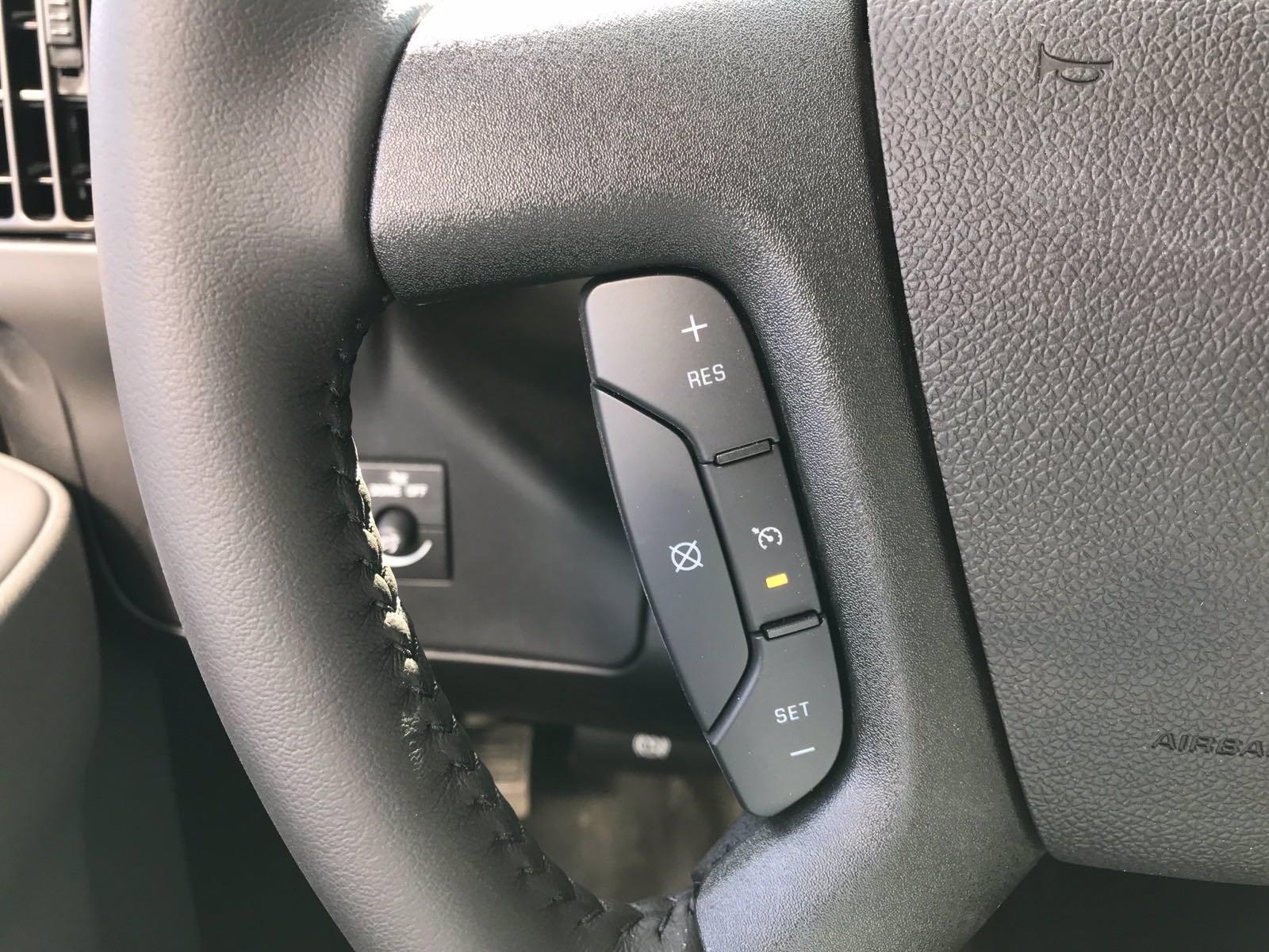 2020 Chevrolet Express 3500 RWD, Morgan Cutaway Van #B27640 - photo 7
