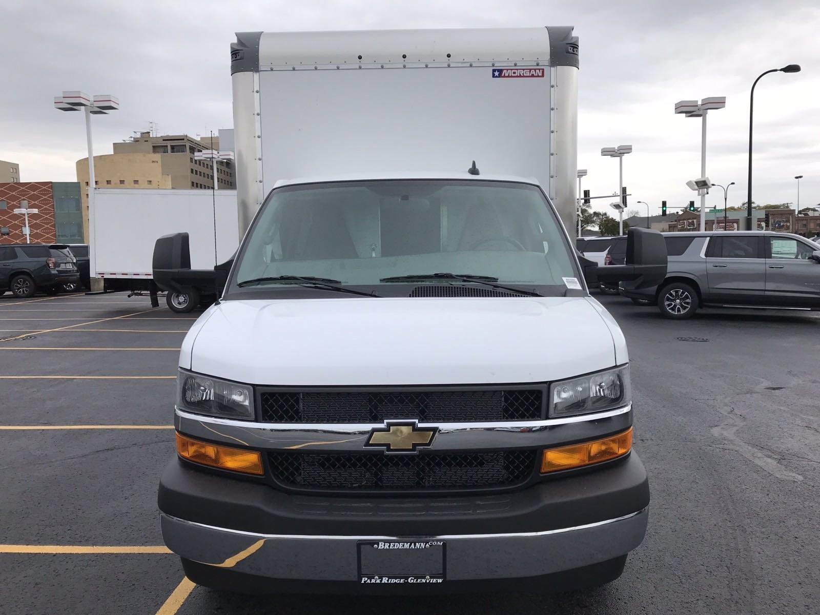 2020 Chevrolet Express 3500 RWD, Morgan Parcel Aluminum Cutaway Van #B27659 - photo 20
