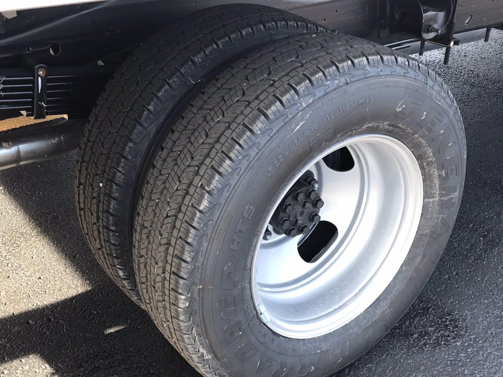 2020 Chevrolet Express 3500 4x2, Morgan Parcel Aluminum Cutaway Van #B27758 - photo 19