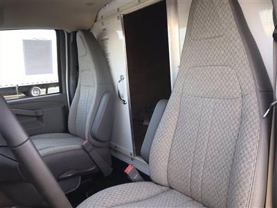 2020 Chevrolet Express 3500 4x2, Morgan Parcel Aluminum Cutaway Van #B27758 - photo 15