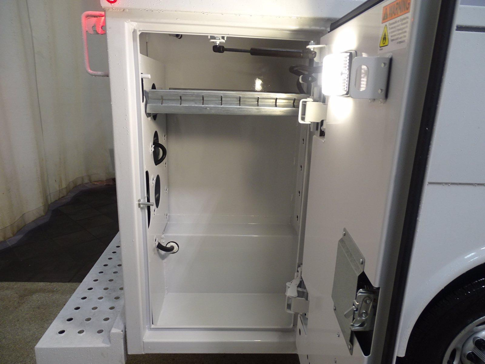 2020 Chevrolet Express 3500 4x2, Reading Aluminum CSV Service Utility Van #B27893 - photo 6