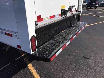 2021 Chevrolet Express 3500 4x2, Morgan Cutaway Van #B27950 - photo 17