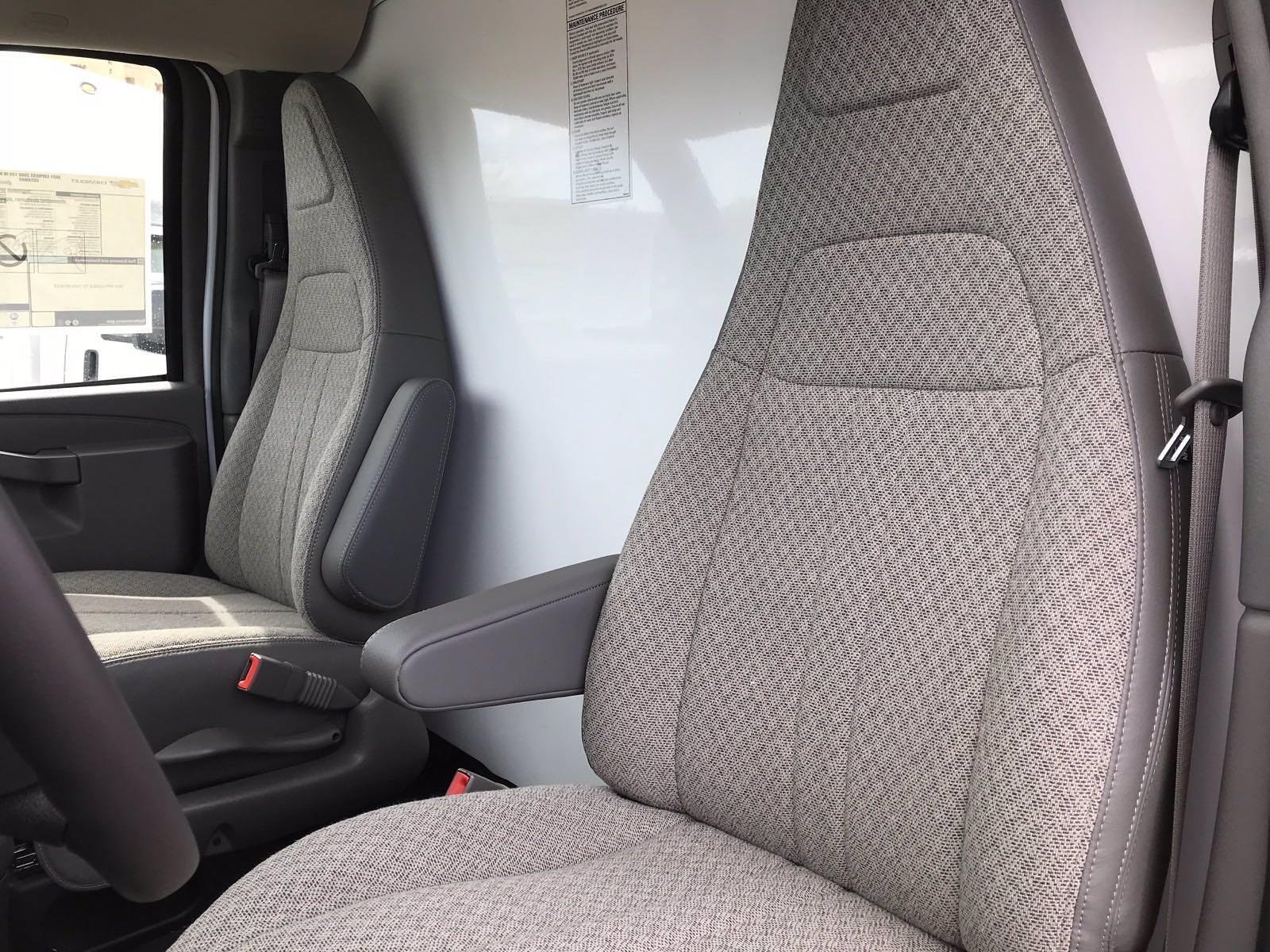 2021 Chevrolet Express 3500 4x2, Morgan Cutaway Van #B27973 - photo 14