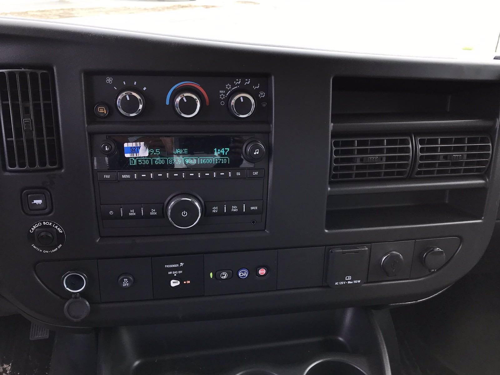 2021 Chevrolet Express 3500 4x2, Morgan Cutaway Van #B27973 - photo 9