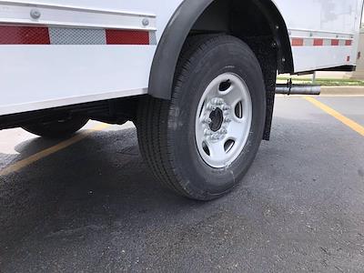 2021 Chevrolet Express 3500 4x2, Morgan Cutaway Van #B27973 - photo 18