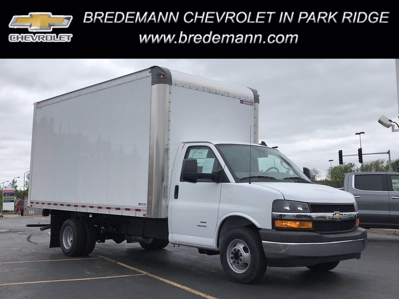 2021 Chevrolet Express 4500 DRW 4x2, Morgan Parcel Aluminum Cutaway Van #B27995 - photo 1