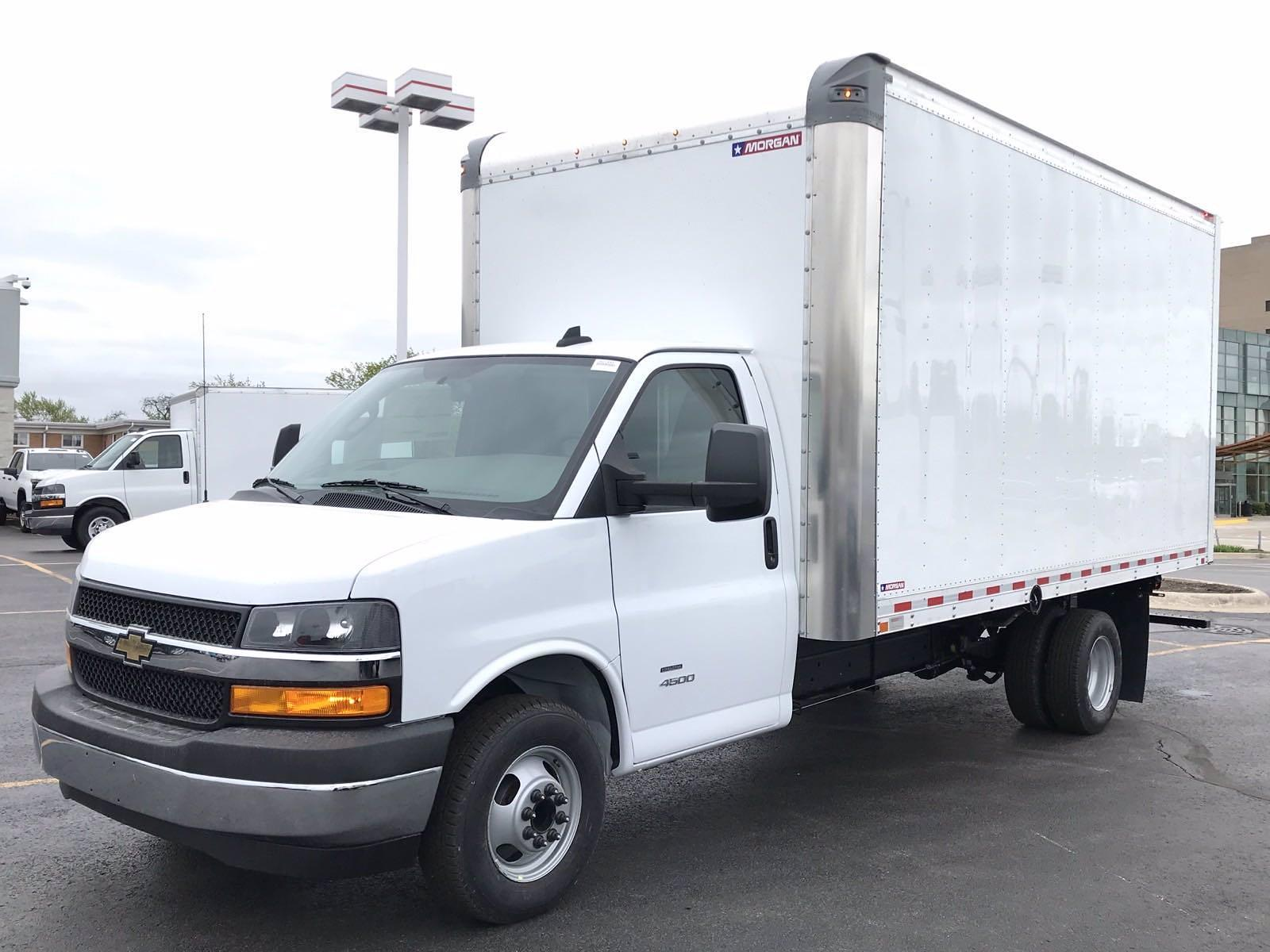 2021 Chevrolet Express 4500 DRW 4x2, Morgan Parcel Aluminum Cutaway Van #B27995 - photo 5