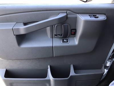 2021 Chevrolet Express 3500 4x2, Cutaway Van #B28009 - photo 12